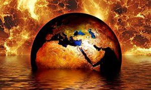 A kép forrása: https://pixabay.com/hu/f%C3%B6ld-globe-v%C3%ADz-t%C5%B1z-l%C3%A1ng-m%C3%A1rka-1023859/